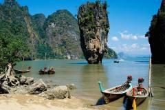 asia-boats-coast-sand-sea-freestanding-rocks